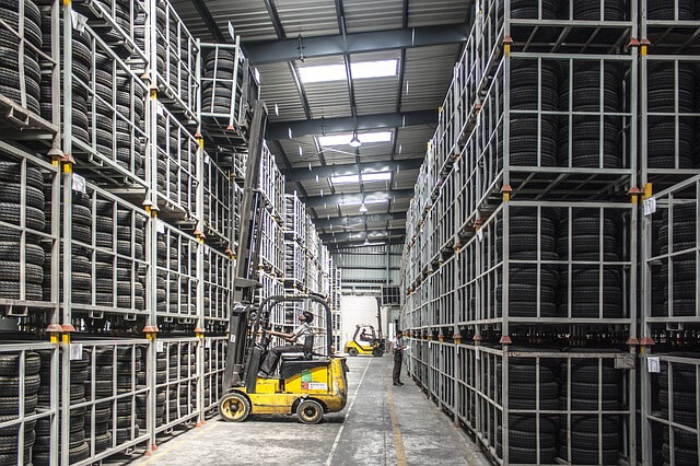 Training employees on warehousing and logistics successfully